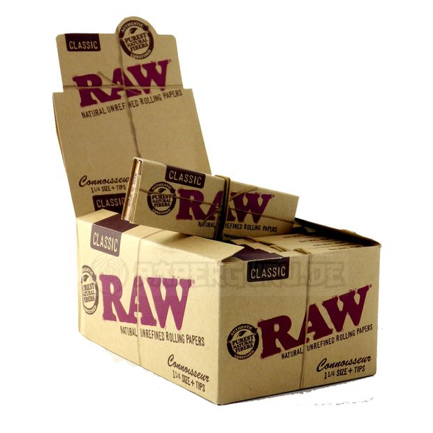 RAW Connoisseur 1 1/4 Medium Size Papers + Tips unbleached